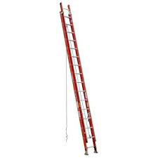Fiberglass extension ladder 32